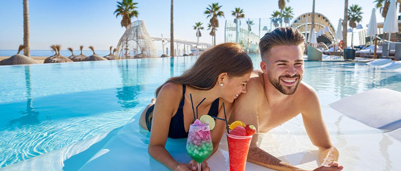 pool-couple